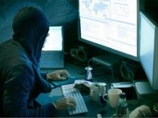 Hackerler Uçuk Paralar Kazanıyor